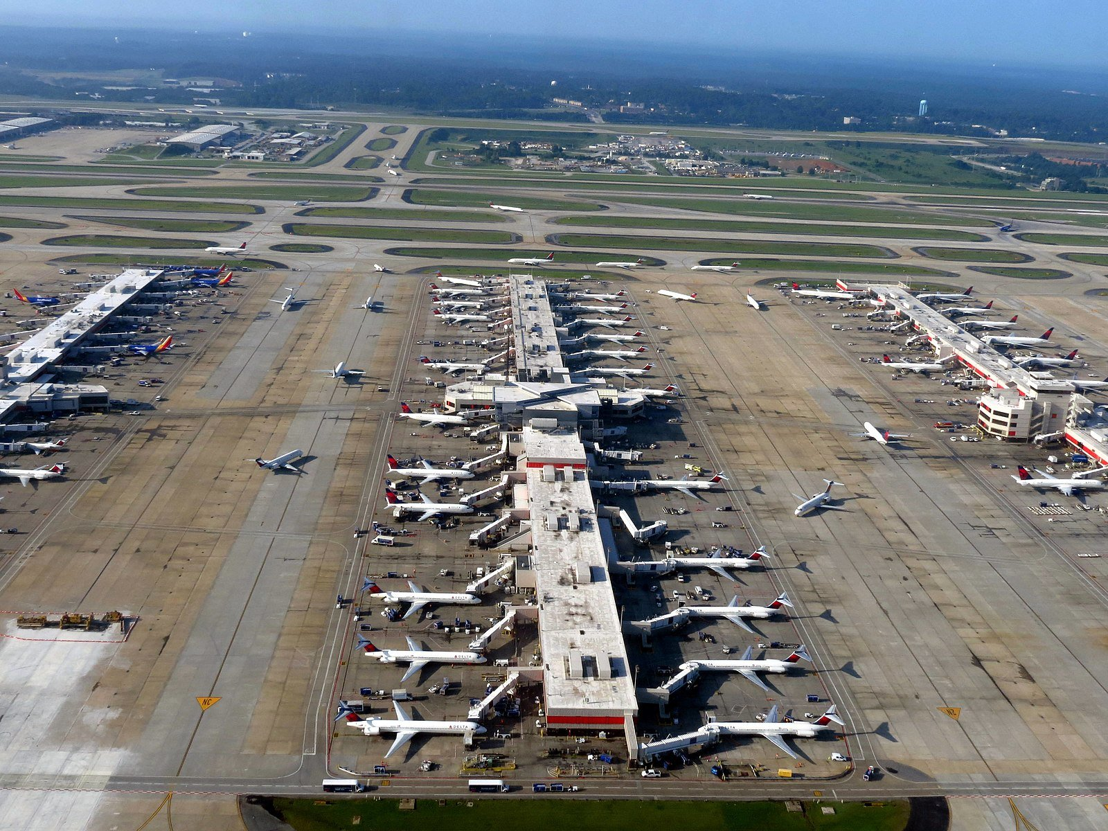 Hartsfield-Jackson Airport to get Backup Commercial Generators
